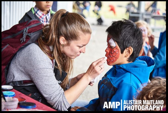 Face painting Canada 150